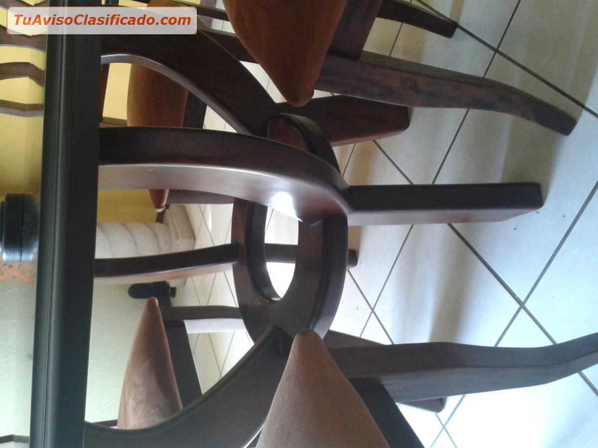 Amueblado de comedor redondo de 4 sillas mobiliario y for Sillas para comedor redondo