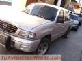Vendo Mazda    Pickup Doble Cabina de agencia