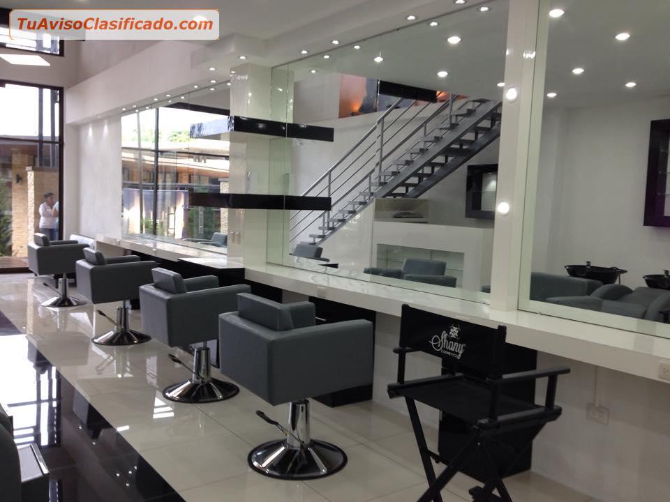 Muebles salon de belleza idee per interni e mobili for Mobiliario para salon